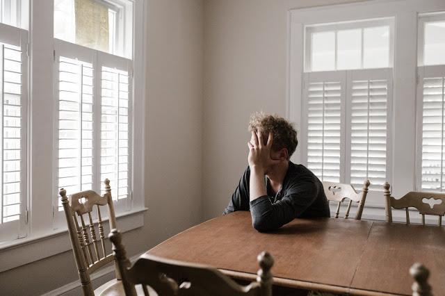 الاكتئاب الناتج عن آلام أسفل الظهر